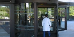 Revolving door in Restaurant