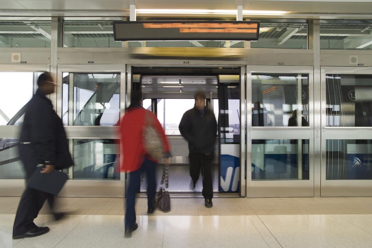 Platform Screen Doors Ottawa Automatic Doors Customized